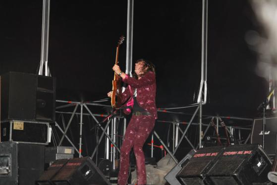Guitarrista The Darkness_559x373