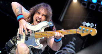 Steve-Harris-Machine-Gun-Bass