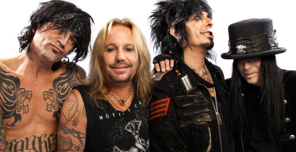 Mötley Crüe: Sexo drogas y ¿mordiscos?